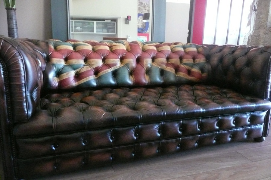 Vintage-chesterfield-sofa-union-jack-a3 | La Boutique Vintage