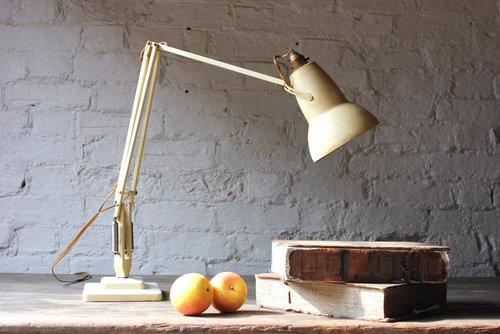 anglepoise-1227-la-boutique-vintage