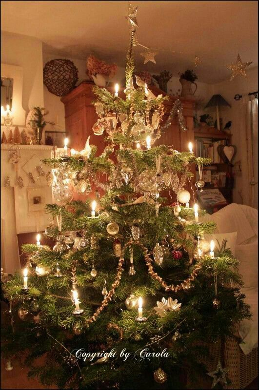 Delightful Vintage Decoration Christmas Tree