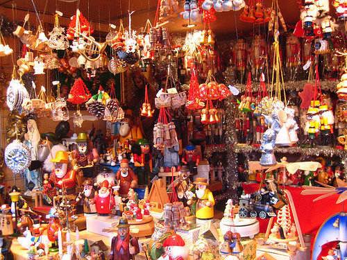 vintage-christmas-markets-vienna-austria