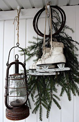vintage-christmas-decoration-ice-skating