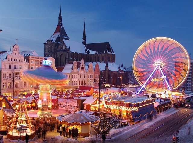 vintage-christmas-markets-amsterdam-the-netherlands