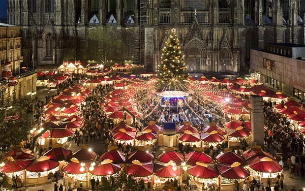 vintage-christmas-markets-cologne-germany