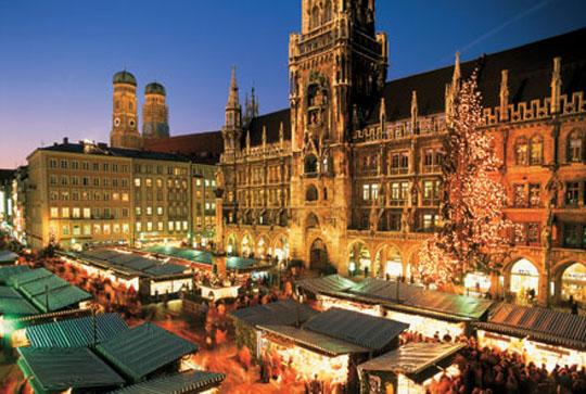 vintage-christmas-markets-munich-germany