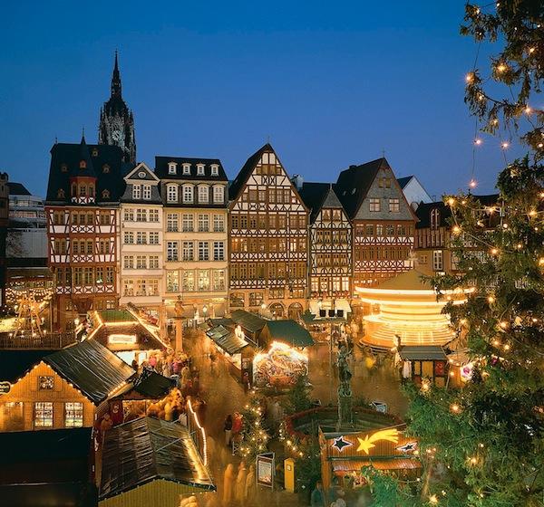 vintage-christmas-markets-strasbourg-france