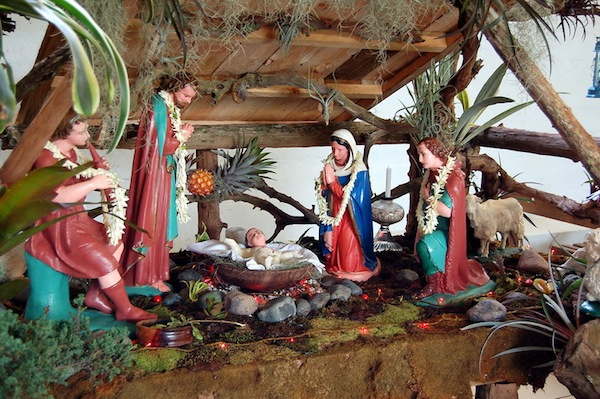 vintage-christmas-nativity-scene
