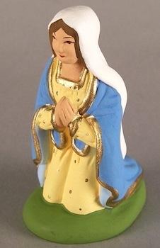 vintage-christmas-nativity-scene-virgin-mary