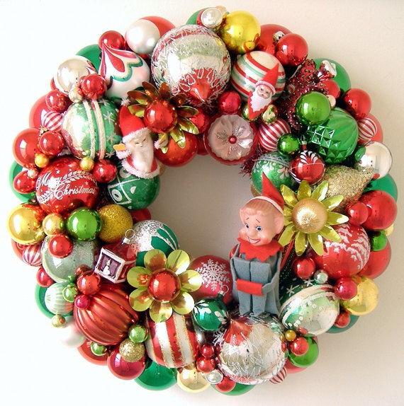 Vintage christmas decorations wreaths la boutique vintage for Antique christmas decoration