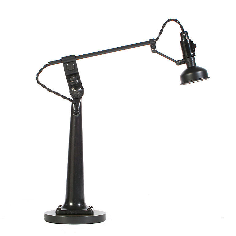 singer lamp | La Boutique Vintage